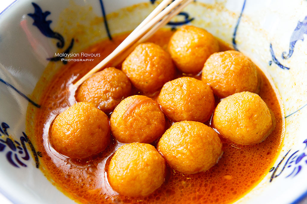 hong kong curry fish ball