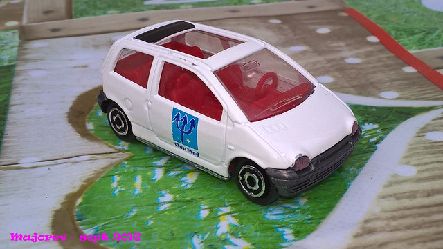 N°206 Renault twingo 1. 29768062265_3c54cf4dfd_z