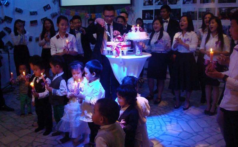 2016-09-21 Sinh nhat hoi thanh tai Nga (8)