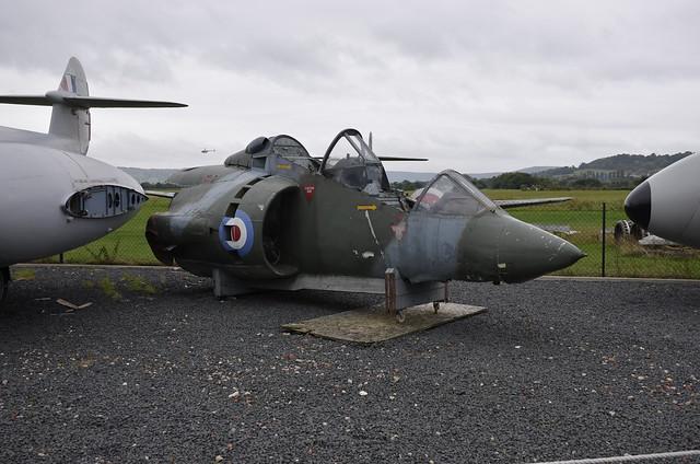 XW264 HS Harrier T2 <ff>