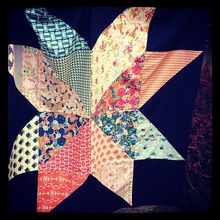 Giant star quilt top using @barij splendor 1929 (& @jenib320 tute) | by ImAGingerMonkey