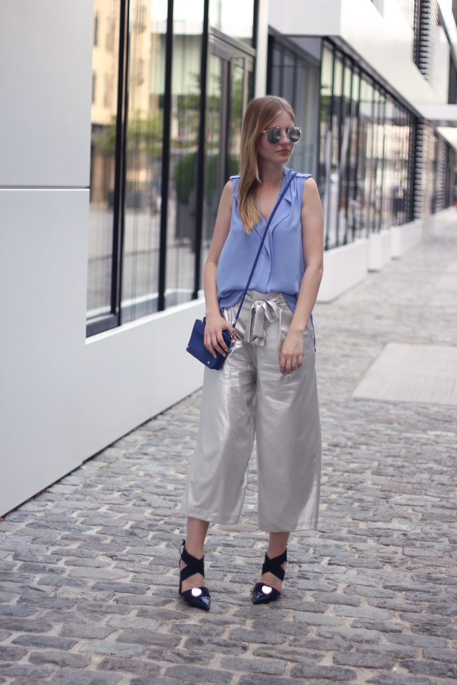 outfit zara culottes silver river island top blue bag urban outfitters sunnies pull&bear heels uterque