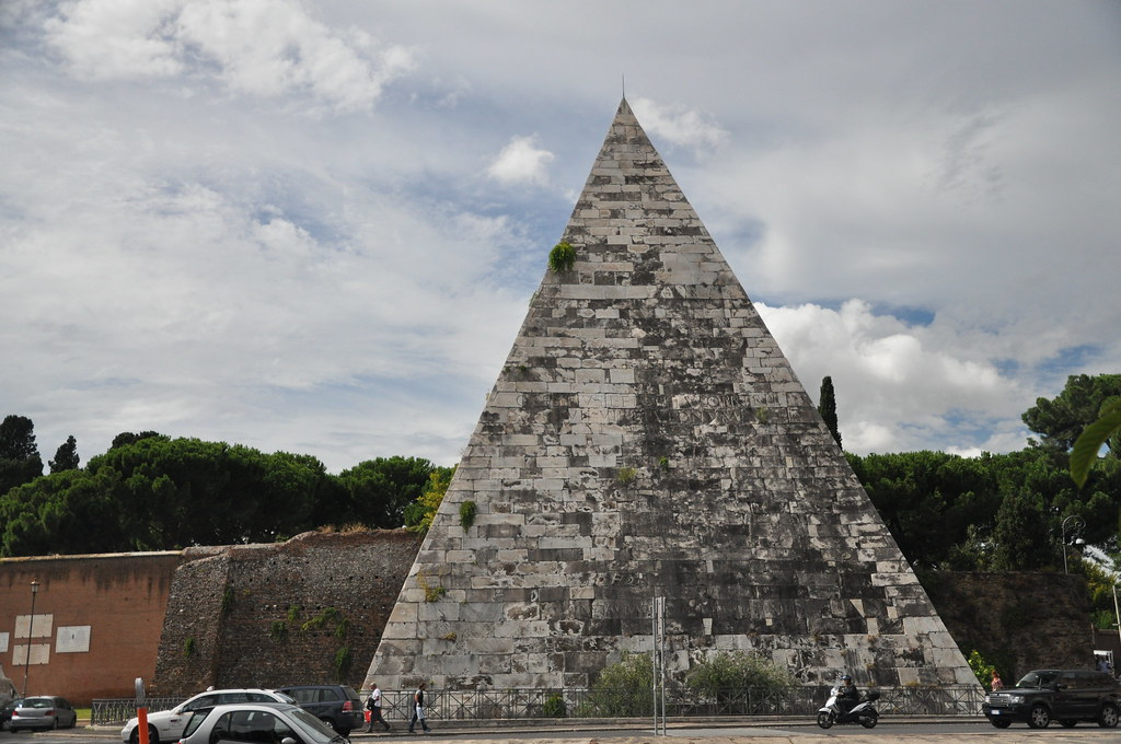 Pyramid of Cestius - Admirable Extraordinary Construction