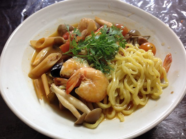 Chinese noodles Tom yum goong Taste