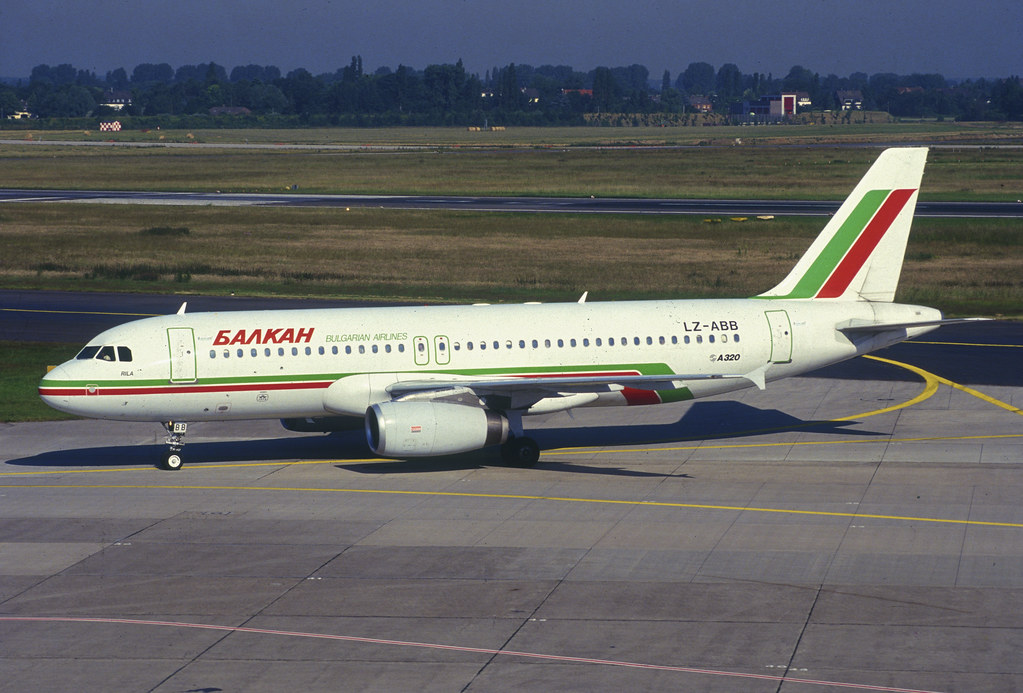 Balkan Bulgarian Airlines Airbus A320-231; LZ-ABB, May 1994/ ABV