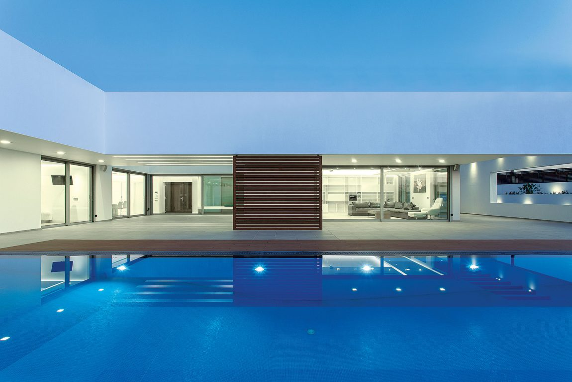 Residence-in-Crete-11-1150x767