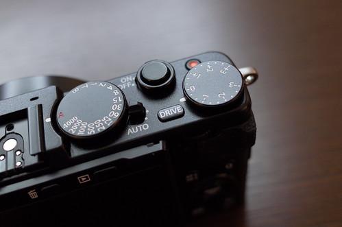 FUJIFILM X70 05