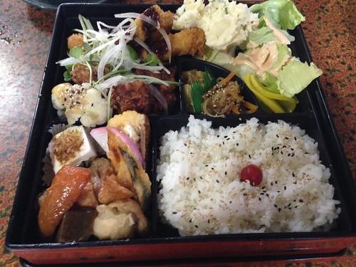 kumamoto-city-tagosaku-chefs-recommendations-lunch-box02