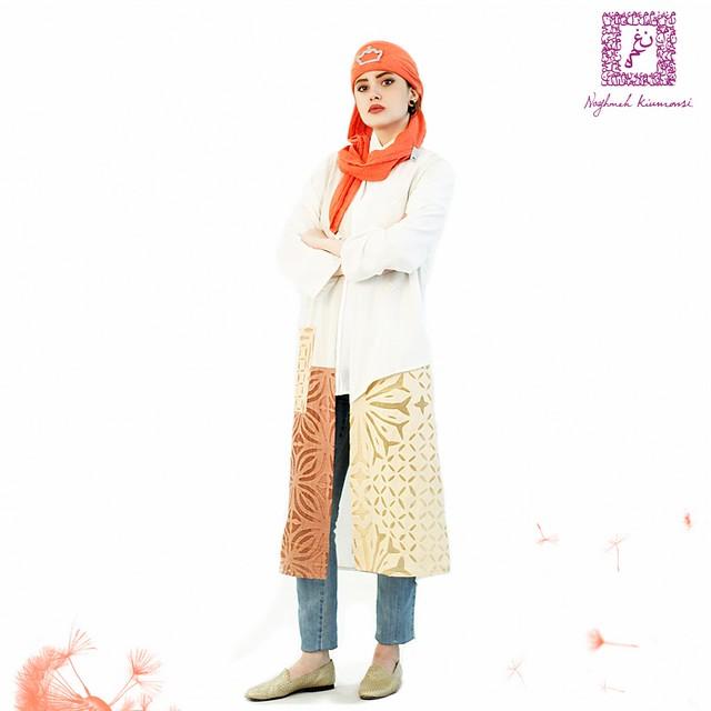 Naghmeh Kiumarsi Spring-Summer 2016 2003年に自身のブランドを立ち上げたNaghmeh Kiumarsi.ペルシアの伝統そして詩の文化からインスピレーションを得ている彼女のデザインはイランに留まらずヨーロッパでも評価され、2011年にはドイツでファッションショーを開催しました。