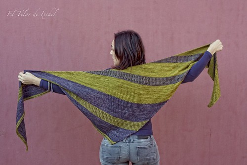 Berry patch shawl