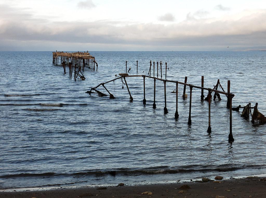 Restos de un muelle (Punta Arenas)