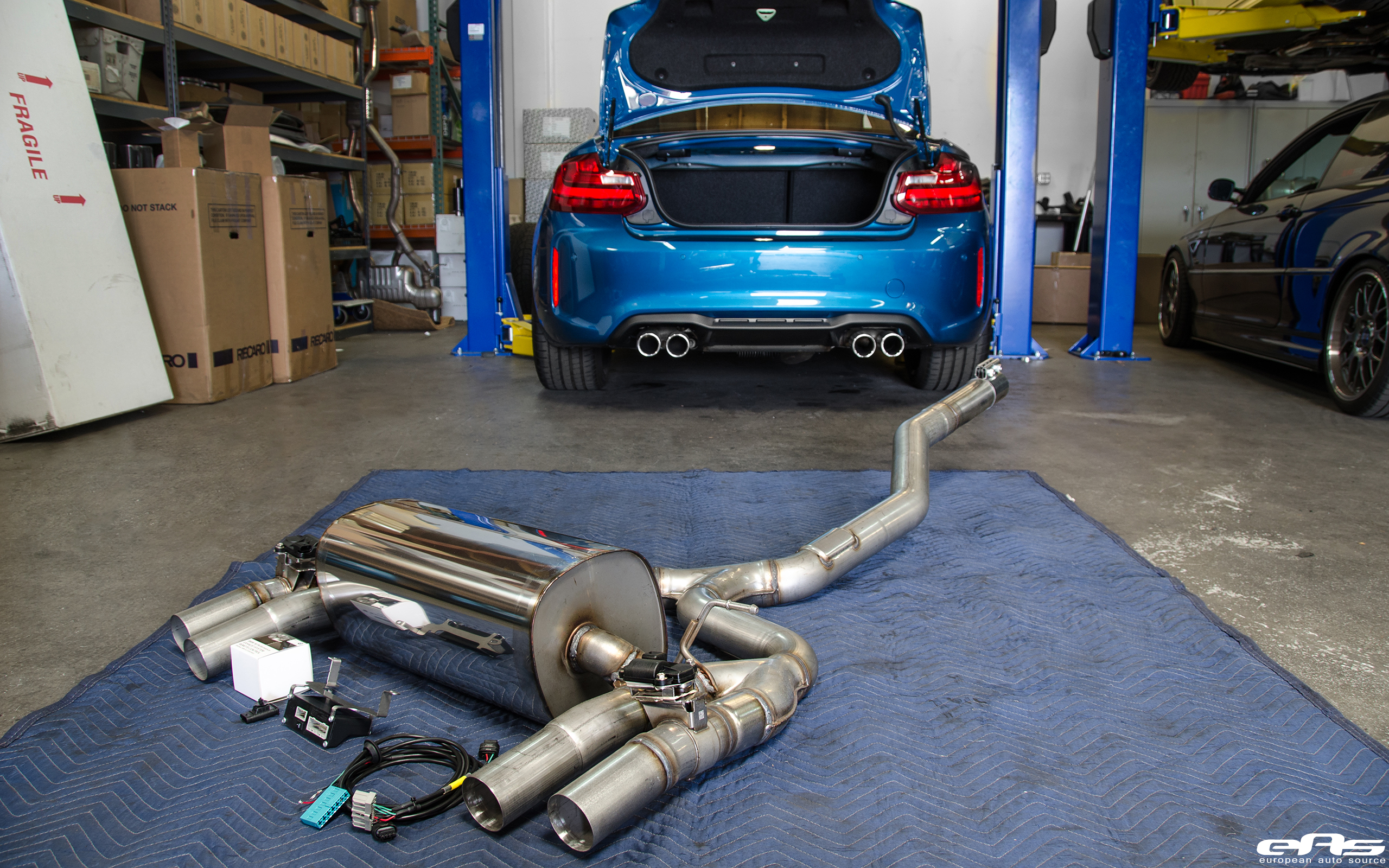 Exclusive pictures of bmw m2 m performance exhaust hd for Mercedes benz racing parts