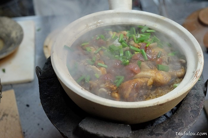 Claypot chicken rice (6)