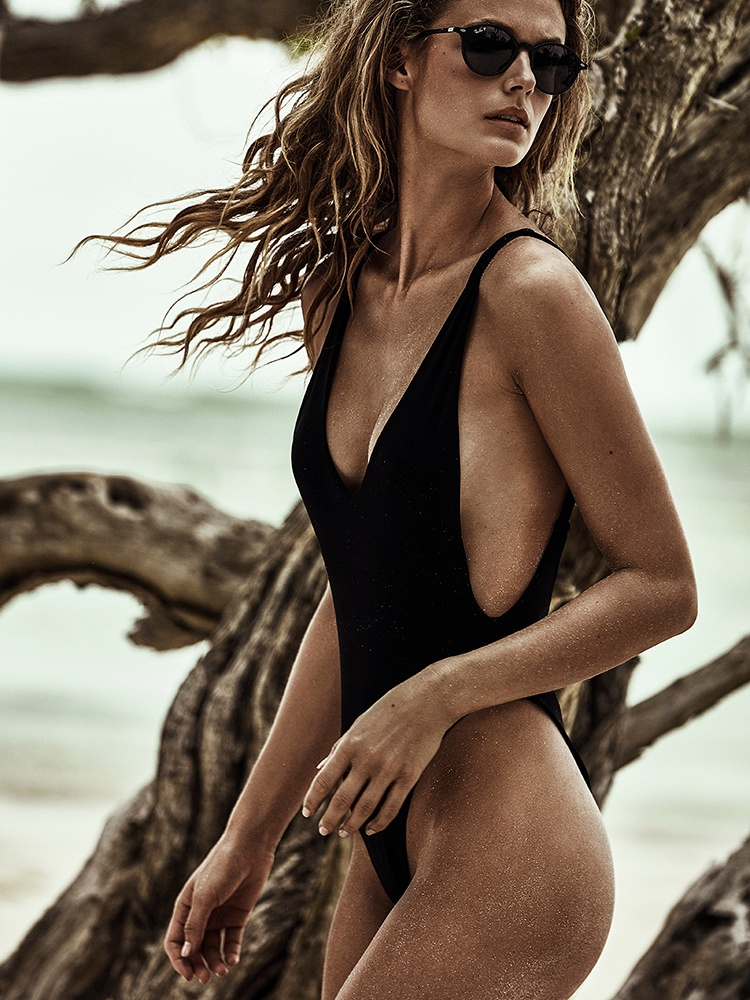 Kate Bock by Tomás De La Fuente for Telva July 2016