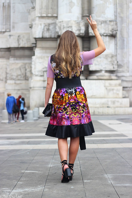 milan-fashion-week-with-rebekka-ruétz-whole-look-back-peace-wmbg