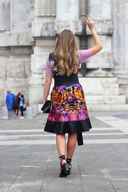 milan-fashion-week-with-rebekka-ruétz-whole-look-back-peace-wmbg