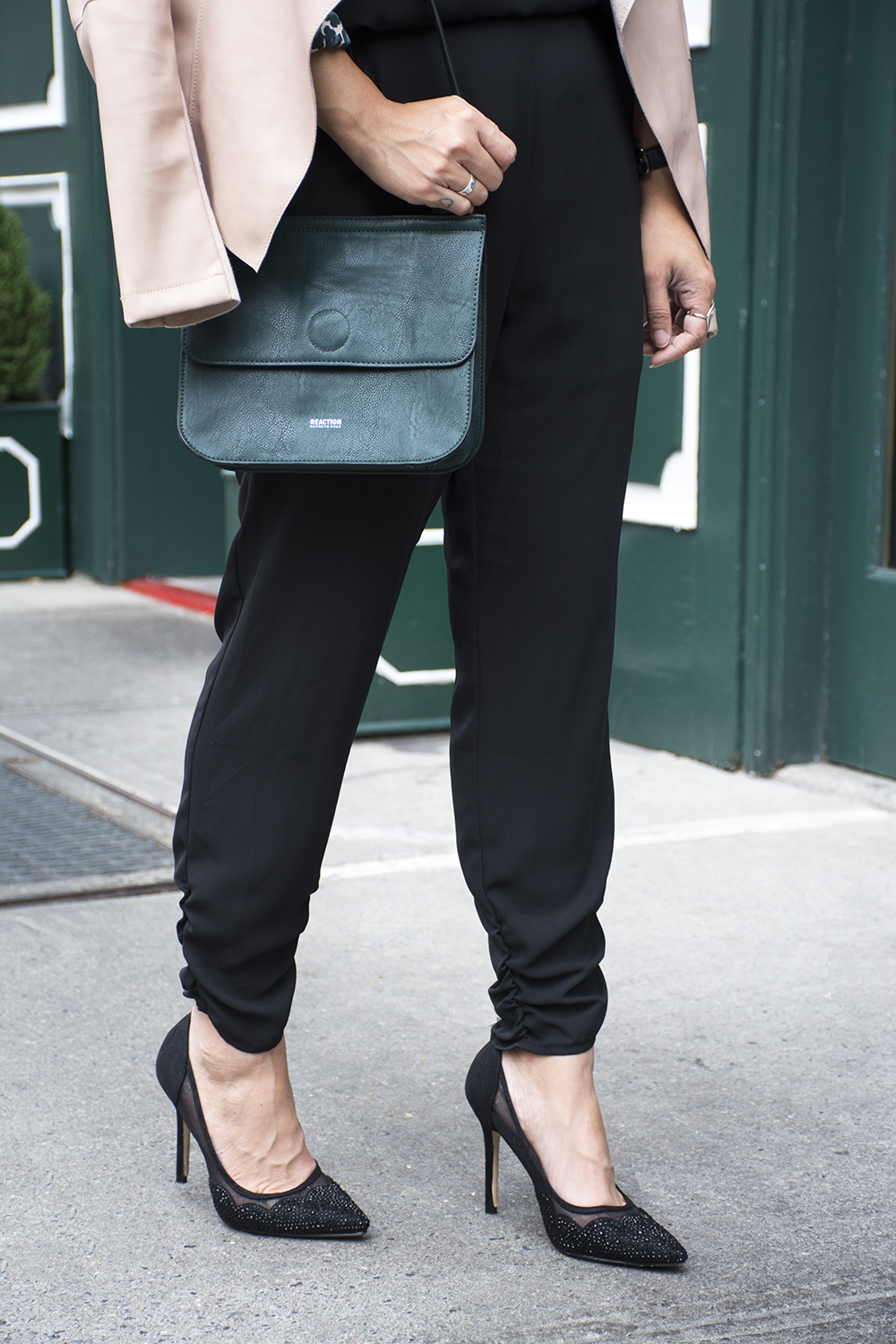 09nyc-westvillage-jumpsuit-scallop-heels-travel-style-fashion