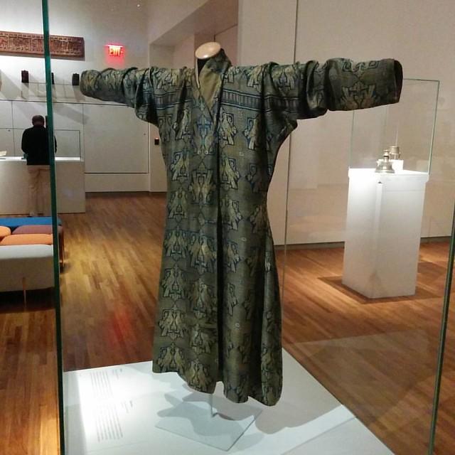 Silk robe, 13th century #toronto #agakhanmuseum #silk #robe #centralasia