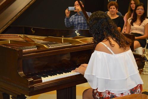 """Ciclo de Conciertos Didácticos """"Encuentros con el Piano"""""""