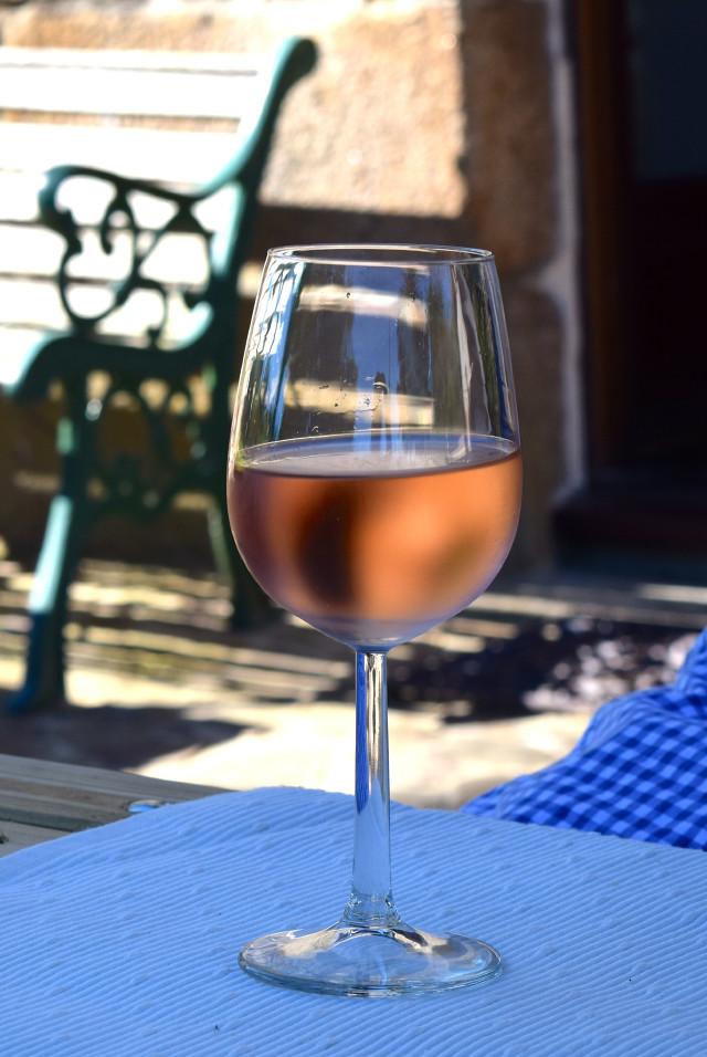 Ice Cold Rose Wine in Brittany | www.rachelphipps.com @rachelphipps