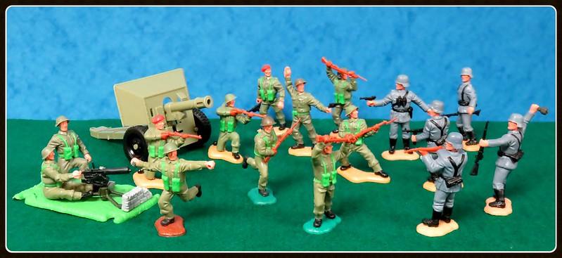 Toy soldiers, cowboys, indians, space men etc 28787667433_0672ca6ee8_c