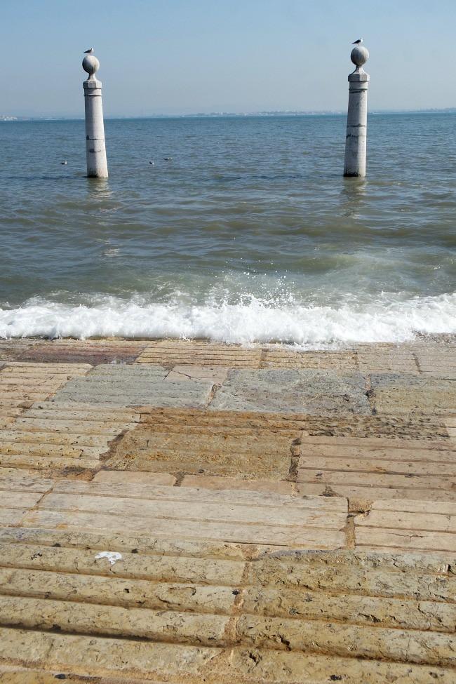 Lisbona - Lungo fiume Tago