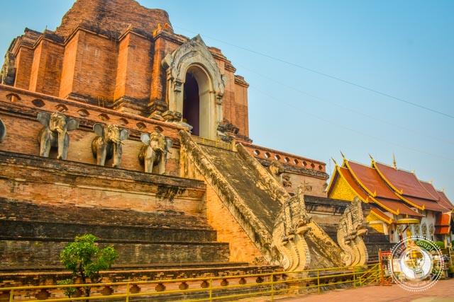 Wat Chedi Luang Chiang Mai Temple