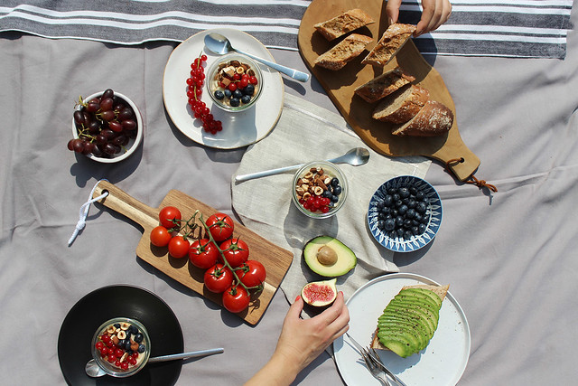Food-♥: Ein Sommerpicknick am Hamburger Elbstrand (mit selbstgemachter Limonade und Bircher Müsli)
