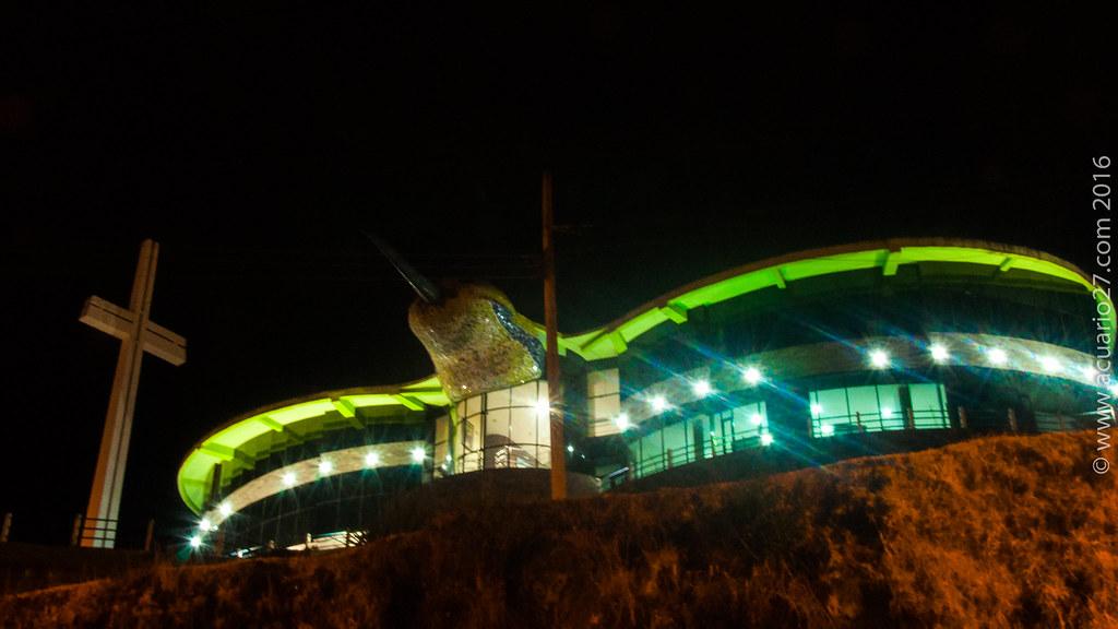 Centro Intercultural Kintiwasi Casa Colibrí. Otavalo