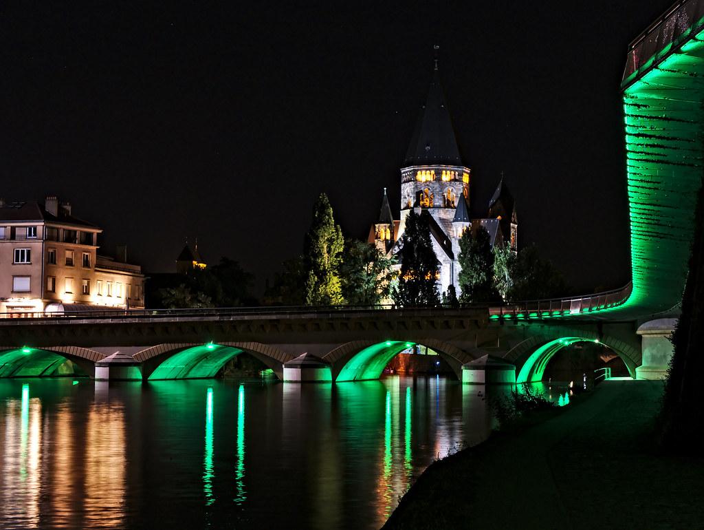 Flânerie sur les quais de Metz 28925731321_4d94825744_b