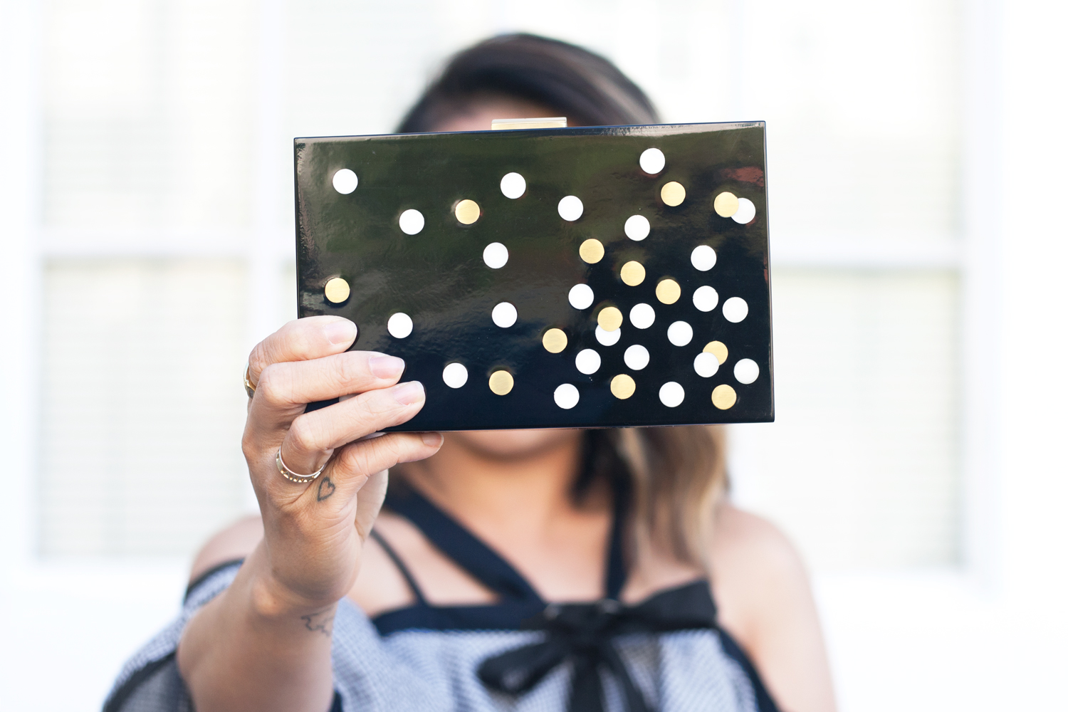 03-kayu-clutch-bag-dots-design-fashion-style