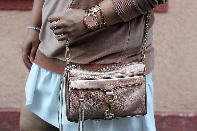 outfit-rosa-samt-pullover-trend-suede-sommer-look-style-rosegold-uhr-fashionblog-modeblog26