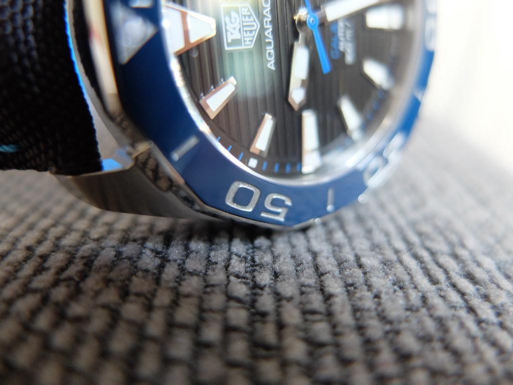 Mini revue de la Tag Heuer Aquaracer Calibre 5 céramique 41mm 29735049945_4da0860650_b