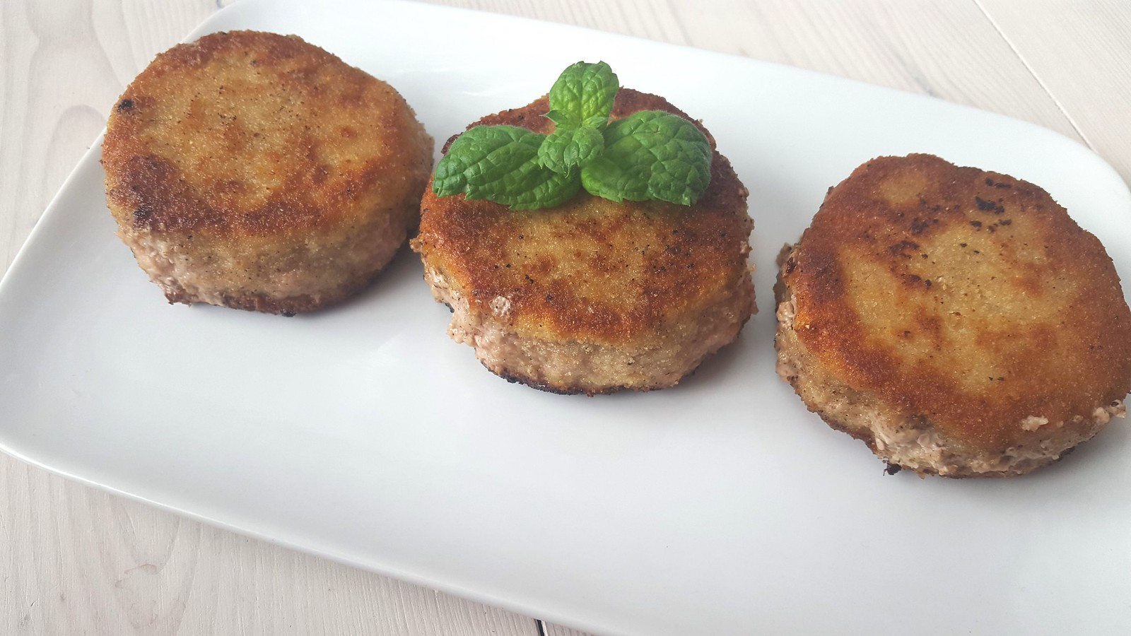 Recipe for Homemade Danish Breaded Pork Patties (Karbonader)
