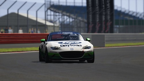 Mazda MX5 Cup - Tipo Daytona - Media 4h race 2015 (3)
