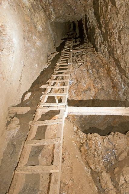 UEC-116 Mine