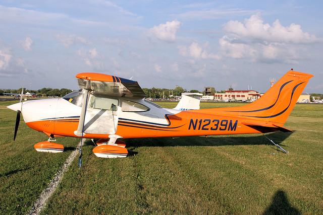 N1239M