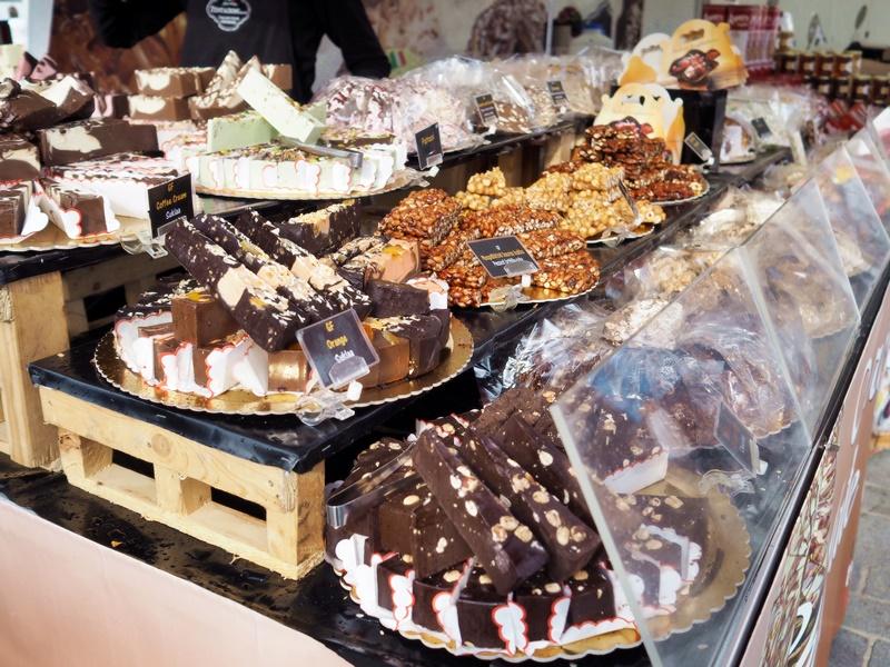 kansainväliset suurmarkkinat suklaa