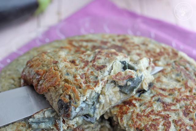 Tortilla de berenjenas www.cocinandoentreolivos.com (14)
