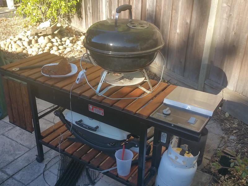 Weber Smokey Joe Table.Table For My Jumbo Joe And Q220