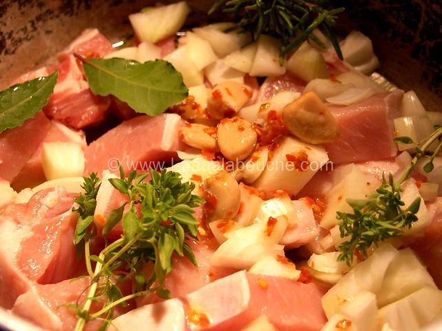 Porc à la Tomate  &  Farfale  © Ana Luthi Tous droits réservés 04