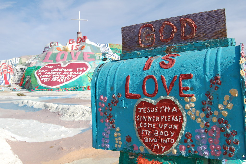 Brawley (CA) United States  city photos : Salvation Mountain – Exploya
