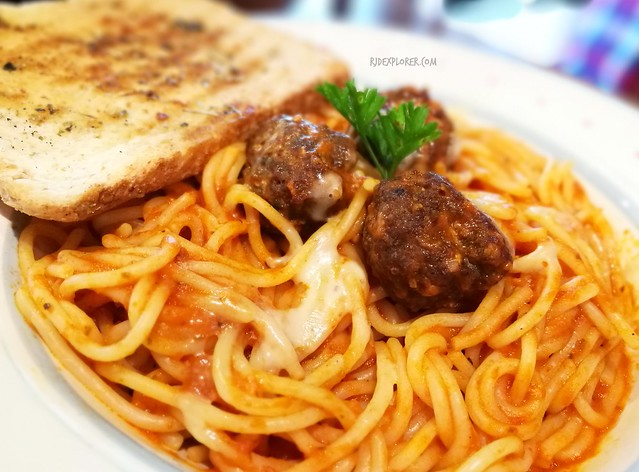 manna and quail spaghetti with meatballs