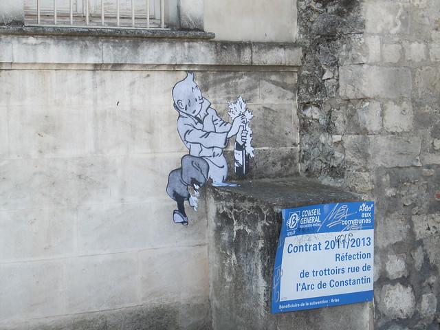 Tintin celebrates