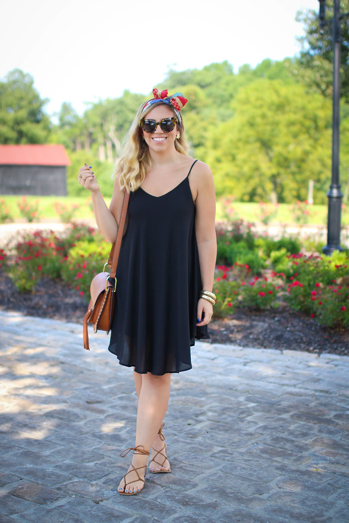 Make Me Chic Black Swing Dress Red Scarf Hair Bow Maker's Mark Distillery Bourbon Trail Kentucky Fashion Outfit Summer Living After Midnite Jackie Giardina