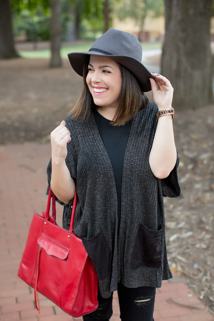 Head to Toe Chic-poncho-@akeeleywhite