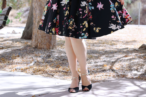 Unique Vintage The Pretty Dress Company Vintage Style Black Seville Floral Half Sleeve Hepburn Swing Dress