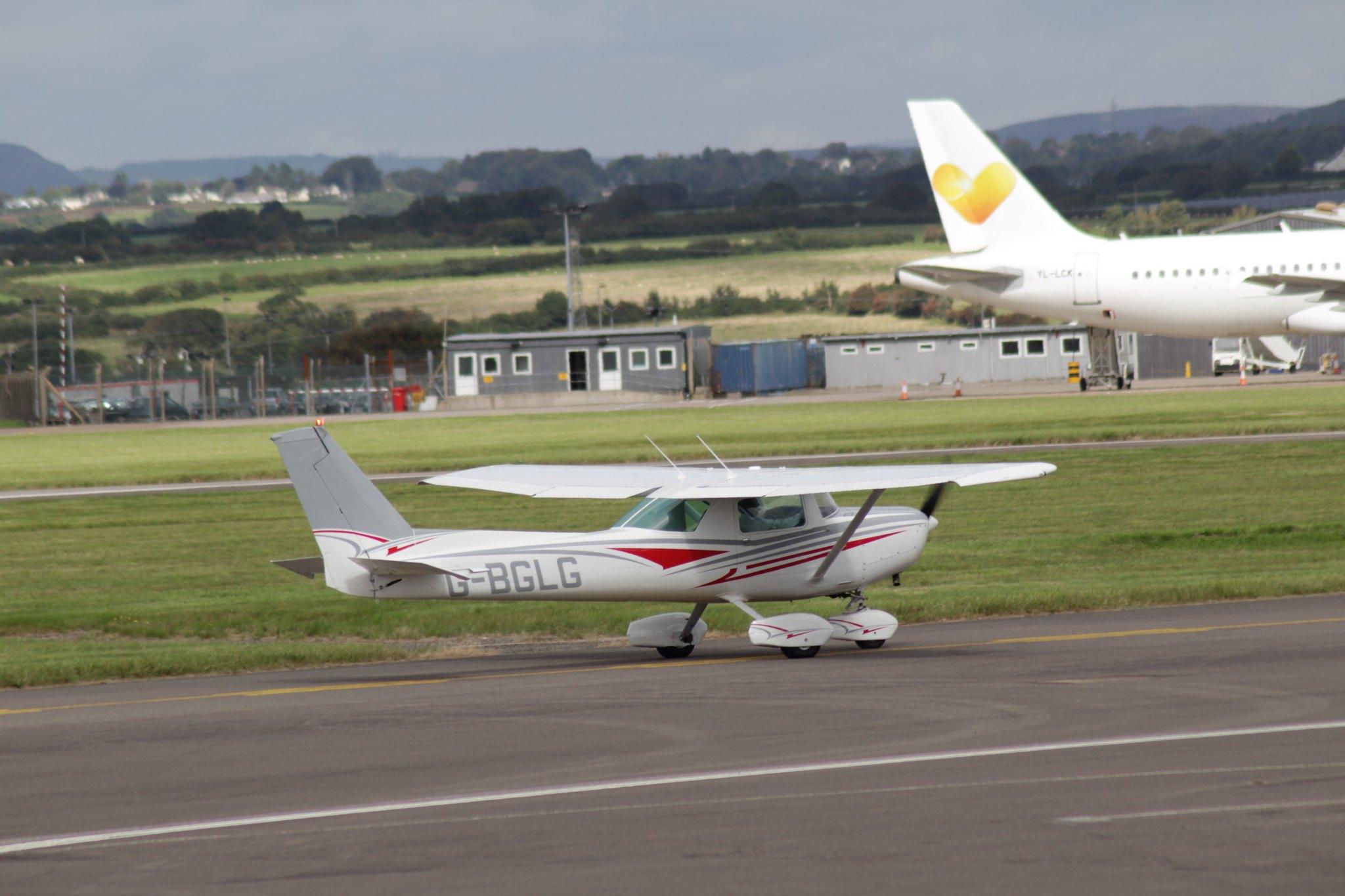 Cessna 152 G-BGLG 16SEP16
