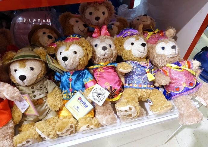 12 香港機場 迪士尼奇妙店 買達菲熊免進迪士尼樂園