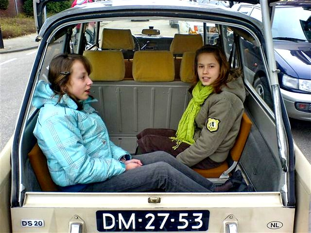 Citroen ID backseats 2